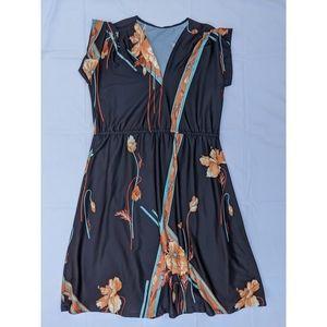 Vintage black floral cap sleeve v-neck midi dress